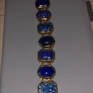 Jewelry - Gorgeous costume blue stoned bracelet.